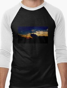 Two Angel's Soaring in this Amazing Sunset Men's Baseball ¾ T-Shirt