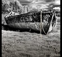 Forgotten Boat by RustyChains
