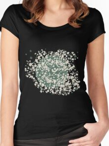 In a bed of daisies Women's Fitted Scoop T-Shirt