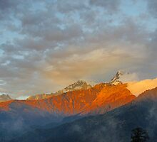 Annapurna Glory by Harry Oldmeadow