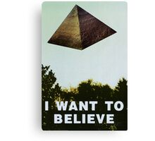 I Want To Believe - Pyramid  Canvas Print