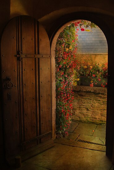 The Church Door by Catherine Hamilton-Veal  ©