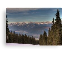 Mountains, straight ahead Canvas Print