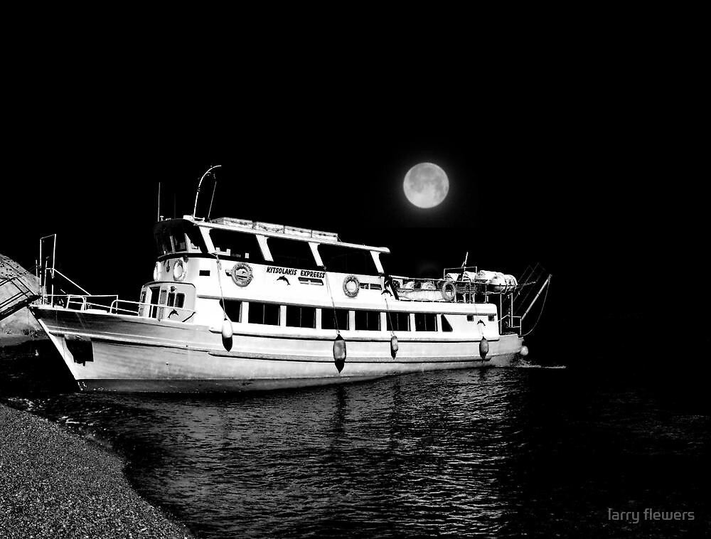 Midnight Cruise  by larry flewers