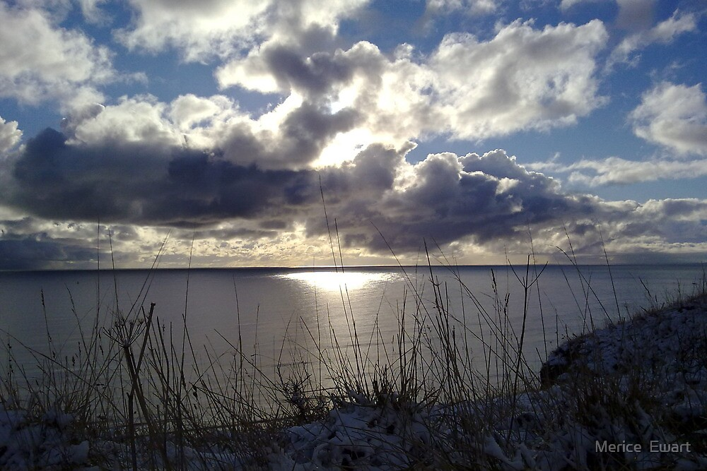 Snowstorm out to sea by Merice Ewart Marshall - LFA