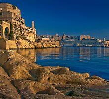 Globigerina Limestone 'Gold Flow' ----- Birgu Malta by Edwin  Catania