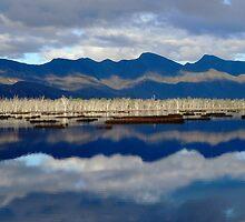 Moora Moora Lakes in the Grampians by KiriHandreck