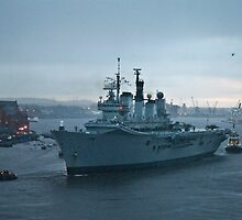 Ark Royal departs the Tyne for the last time by Chris Vincent
