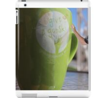 Dutch 'saying': 'The best coxwain/navigator stands on the shore.' iPad Case/Skin