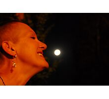 * 2 smelling da moon... Photographic Print