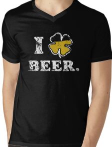 I Clover Beer Mens V-Neck T-Shirt