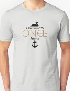 """I Survived the Once Upon a Time Hiatus """"Captain Swan Black Design"""" Unisex T-Shirt"""