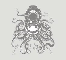 Octopus in a diving helmet Unisex T-Shirt