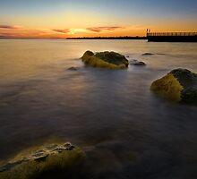 sunset rocks by RonnieTan
