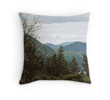 MacGillycuddy's Reeks Throw Pillow