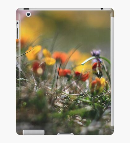 Helios Cliff Flowers -Vintage Russian Lens on Canon Eos iPad Case/Skin