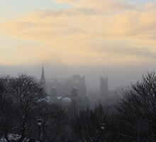 Cold Mist in Edinburgh by the Castle by wjohnd