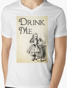 Alice in Wonderland Quote - DRINK ME - Lewis Carroll Qote - 0195 Mens V-Neck T-Shirt