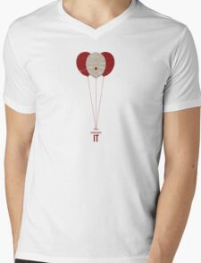 """Vintage Movie Poster Inspired by Stephen King's """"IT"""" Mens V-Neck T-Shirt"""