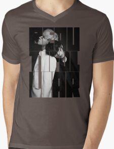 VIXX LR 'Beautiful Liar' Typography Mens V-Neck T-Shirt