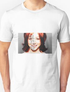 ALyson Hannigan  T-Shirt
