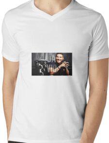 Dvid Boreanaz Mens V-Neck T-Shirt