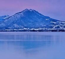 A very cold dawn on Annecy lake by Patrick Morand