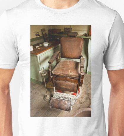 0051 The Old Barber's Chair Unisex T-Shirt
