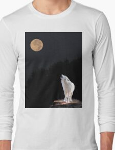 Wolf Howling at the Moon Long Sleeve T-Shirt