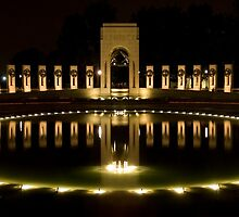 WWII Memorial @ night by rudavis