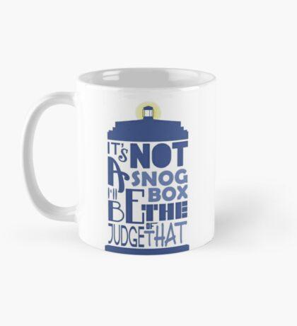 snog box - tardis Mug
