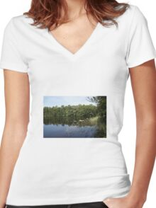 Lake Women's Fitted V-Neck T-Shirt