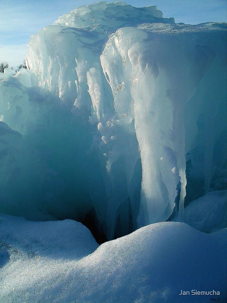 South Dakota Iceberg ! by Jan Siemucha