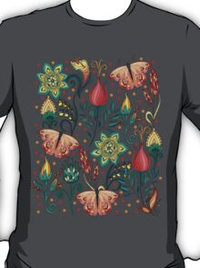 Floral pattern with butterflies T-Shirt
