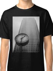 9 2 5 Classic T-Shirt