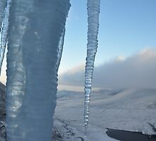Ice overlooking Hags Glen by amuigh-anseo