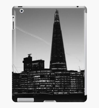 The Shard in B&W iPad Case/Skin