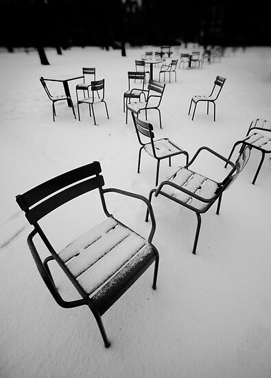 Paris in the snow by Laurent Hunziker