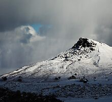 Roseberry Topping (Winter) by PaulBradley
