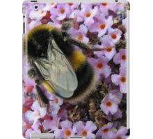 Up Close and Personal - Bumble Bee at Work  iPad Case/Skin