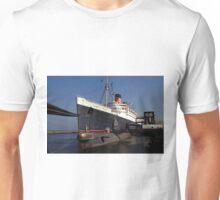 Queen Mary Long Beach Unisex T-Shirt