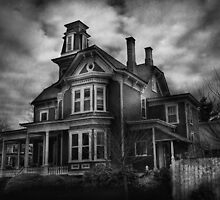Haunted - Flemington, NJ - Spooky Town by Mike  Savad