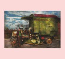 Steampunk - Street Cleaner - The hygiene machine 1910 Kids Tee