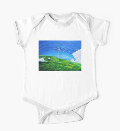 La tour au-delà des nuages (Beyond the Clouds) Kids Clothes
