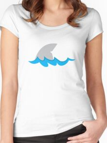 Shark fin in the water Women's Fitted Scoop T-Shirt