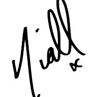 Niall Horan Signature  by madeoflightingg