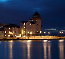 Portishead Lighthouse by Night by Iani