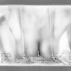 Milki Pearls Mono © Vicki Ferrari Photography by Vicki Ferrari