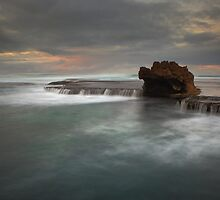 Number 16 beach - the Dragon's Head by Jim Worrall