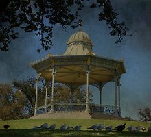 Adelaide Rotunda by aussiedi